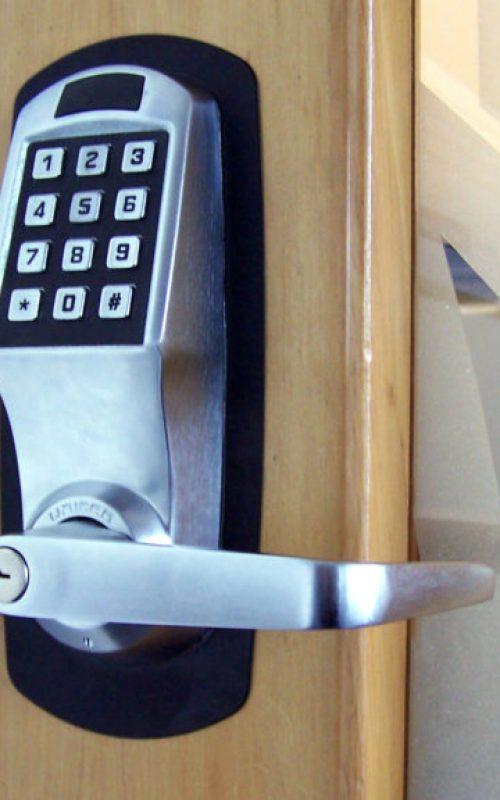 commercial-locksmith-electronic-lockpad